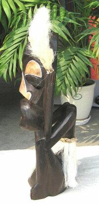 木彫りエスニックドール《白毛の叫び》