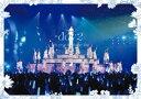 メーカー名ソニー・ミュージックレコーズタイトル7th YEAR BIRTHDAY LIVE Day2(通常盤)(Blu−ray Disc)アーティスト乃木坂46品名/規格番号Blu-raySRXL-247(00001589771)ディスク枚数1枚発売日20/02/05コメント当公演は大阪・京セラドームにて2019年2月21日〜24日の4日間行われ、乃木坂46の全177曲の楽曲披露がコンセプトとなった。4日間でトータル20万人を動員、さらにDAY4で開催された西野七瀬〜卒業コンサート〜では、全国218ヶ所の映画館でもライブビューイングされ、全国10万人を動員した伝説のライブ。本作はDAY2の模様を収録。 (C)RS乃木坂46(1)何度目の青空か?(2)私、起きる。(3)Tender days(4)あの日 僕は咄嗟に嘘をついた(5)あなたのために弾きたい(6)なぞの落書き(7)革命の馬(8)自由の彼方(9)誰かは味方(10)あらかじめ語られるロマンス(11)立ち直り中(12)ボーダー(13)太陽ノック(14)制服を脱いでサヨナラを(15)無表情(16)悲しみの忘れ方(17)ポピパッパパー(18)大人への近道(19)ハルジオンが咲く頃(20)憂鬱と風船ガム(21)急斜面(22)遥かなるブータン(23)不等号(24)低体温のキス(25)口約束(26)環状六号線(27)Threefold choice(28)太陽に口説かれて(29)欲望のリインカーネーション(30)空気感(31)失恋したら、顔を洗え!(32)裸足でSummer(33)僕だけの光(34)シークレットグラフィティー(35)命の真実 ミュージカル「林檎売りとカメムシ」(36)白米様(37)オフショアガール(38)行くあてのない僕たち(39)ないものねだり(40)君に贈る花がない(41)2度目のキスから(42)あの教室(43)ブランコ(44)孤独な青空(45)サヨナラの意味(46)もう少しの夢(47)インフルエンサー(48)ジコチューで行こう!(49)乃木坂の詩このアーティストの関連商品乃木坂46(SRXL-247)(4547366438987)