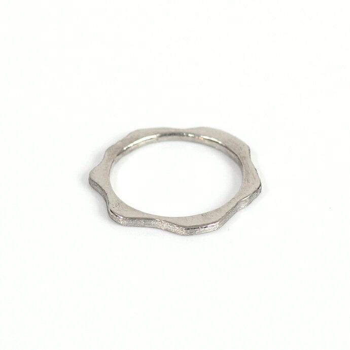 hirondelle(イロンデール)pt900 pr-92 アメーバ プラチナリング L【送料無料】 hirondelle(イロンデール)