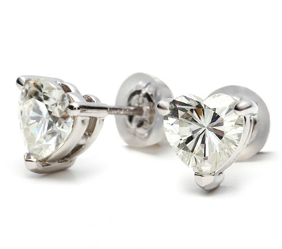 プラチナ(Pt900) モアッサナイト Forever BRILLIANT ハートカット ピアス(ダイヤモンド1.6ct カラー:G-I/ 人工宝石 クラリティ:VS1-VS2 相当)ダイヤモンドに次ぐ硬度とダイヤモンドを超える輝きを放つ人工宝石であり、ダイヤモンドの代替宝石としておすすめ致します。:榎本通商 店 全商品で送料およびき手数料は無料です ☆
