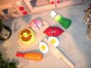 [ダイワ]木箱入り食材・包丁・まな板のセットD〜ミニキッチンにぴったりサイズのおままごとシリーズ。