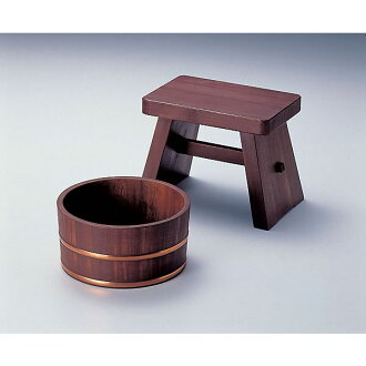 It is a persimmon juice coat hinoki = hinoki bath set