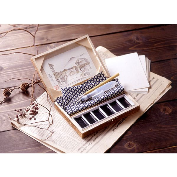 A sumi drawing black-and-white drawing set / a picture sumi