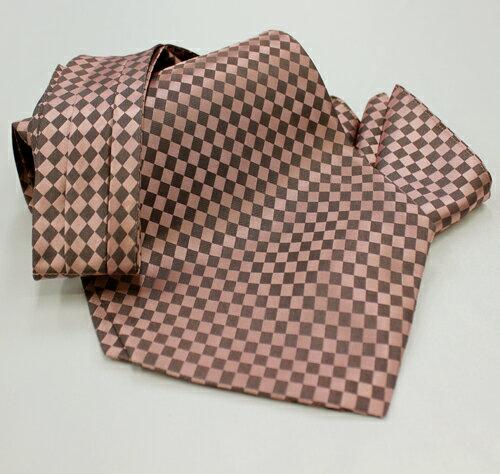 WEB限定 格安アスコットタイ&チーフセット。安心の国内縫製の手結びタイプのアスコットタイです。