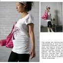 今人気のオーガニックコットンマタニティTシャツ。サイドがシャーリングになっていて大きくなったお腹をお洒落なシャーリングデザインで包みます。輸入マタニティ オーガニックコットン ストレッチ Tシャツ サイドシャーリング お花レディ 大きいサイズXLも マタニティウェア
