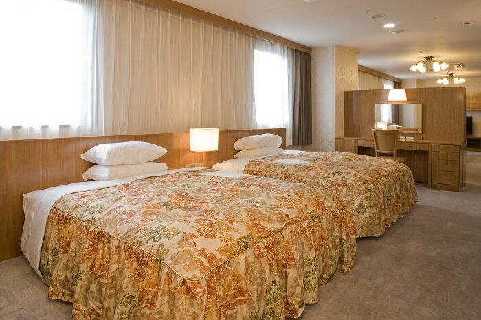 【ふるさと納税】K03154ホテルアイリス東館スィートルームペア宿泊券