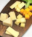 B05276 スモークチーズ味比べ(ナチュラルチーズ、スモークカマンベール、スモークモッツァレラチーズ、スモークチェダーチーズ)