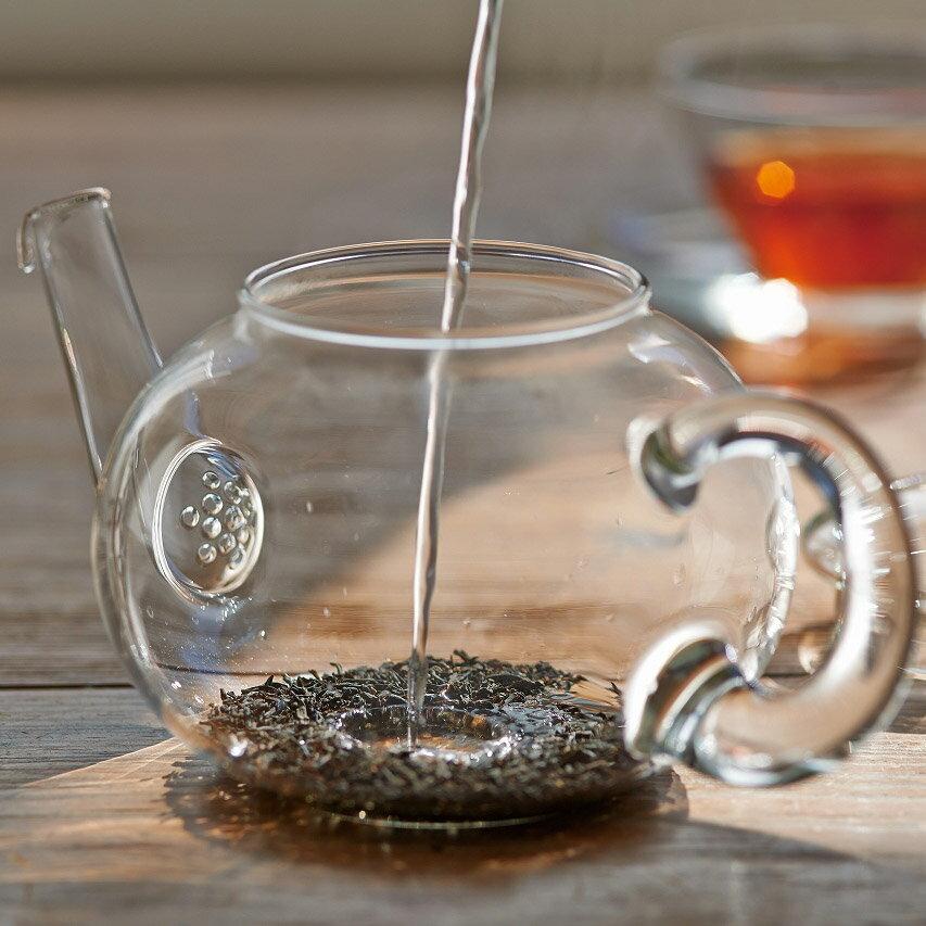 【ふるさと納税】☆世界で愛されるHARIO☆茶葉の香りが華ひらくジャンピングティーポット・ドナウ800ml TDG-4