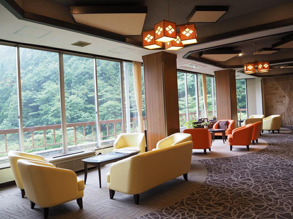 【ふるさと納税】S-03 にごり湯の宿 赤城温泉ホテル 平日ペア宿泊体験
