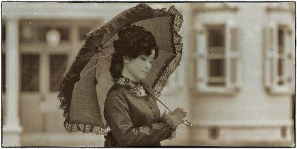 【ふるさと納税】 エルマーナ ハイカラさんの衣裳を着て六華苑散策&Roccaでランチ