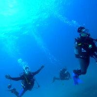 【ふるさと納税】KTS03 ビーチ体験ダイビング+初めての方のSUPクルージング(1名様分)の画像