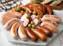 大分県産の厳選豚肉を原料とした食べ応え満点の粗挽きフランクフルトソーセージと、細引きのチーズ入りフランクフルトソーセージ...