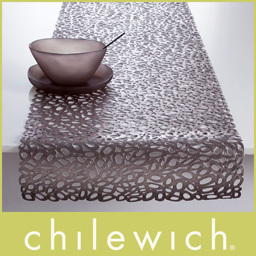 【 送料無料 】 chilewich ( チルウィッチ ) テーブルランナー PRESSED PEBBLE (プレスド ぺブル ) /2色 【RCP】.