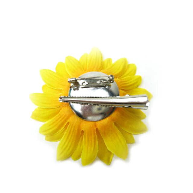 コサージュ◆アクセサリー◆ヘアーアクセサリーにもなる手作りの造花◆髪飾り&
