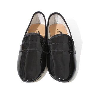 【送料無料】SURZOスルジョーレディースフラットシューズ本革パテントエナメルレザー靴シューズ黒ブラック歩きやすいヒールローファースリッポントラッドシューズ通勤通学2.5cmローヒールラウンドトゥ
