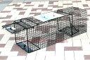 角型捕獲器 小動物きゃっちハウス TE02 黒仕上げで目立ちにくく何度も繰り返し使えます! イタチ・ヌートリア・アライグマ等の害獣対策に 踏み板式ロングタイプで...