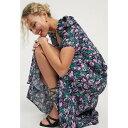 アンドアザーストーリーズ & Other Stories レディース ワンピース ミドル丈 ワンピース・ドレス【miami floral bold shoulder midi dress in multi】Aop miami florals