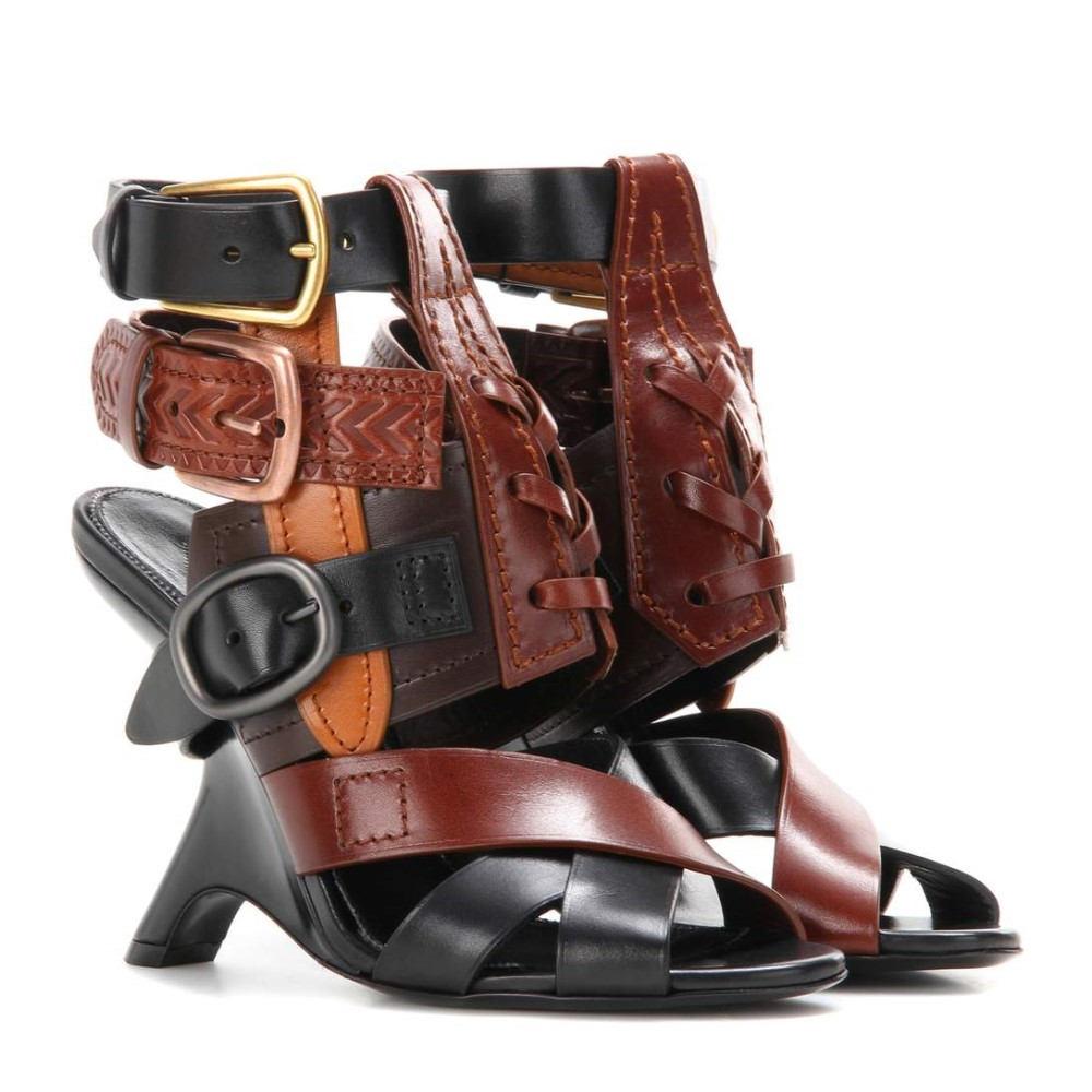 トムフォード Tom Ford レディース シューズ・靴 サンダル【Embellished leather sandals】 トムフォード レディース シューズ・靴 サンダル 【サイズ交換無料】