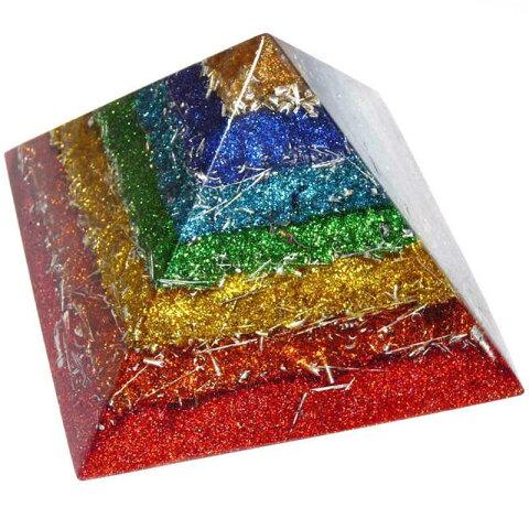 ボヘミアンオルゴナイト チャクラピラミッドオブジェ 《オルゴナイト》 18×13cm 空間がパワースポットになるオルゴナイト スピリチュアルの国チェコの正規輸入品 [ヒーリングアイテム/パワーストーン/天然石/癒やしグッズ/ピラミッド]
