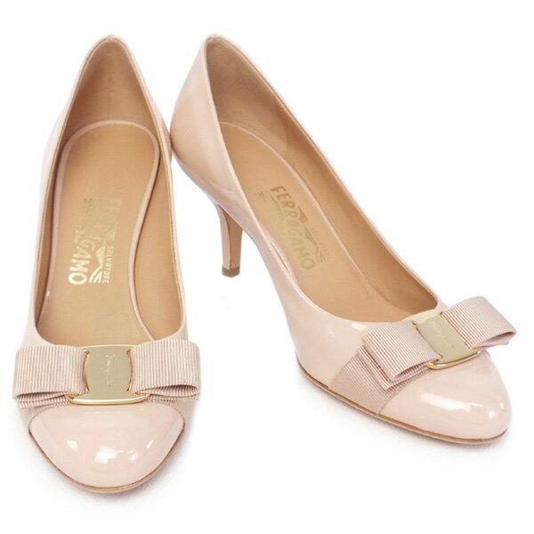 14AW サルヴァトーレ フェラガモ Salvatore Ferragamo 靴 レディース リボン パンプス エナメル ベージュ (CARLA 70 0518587 BE)