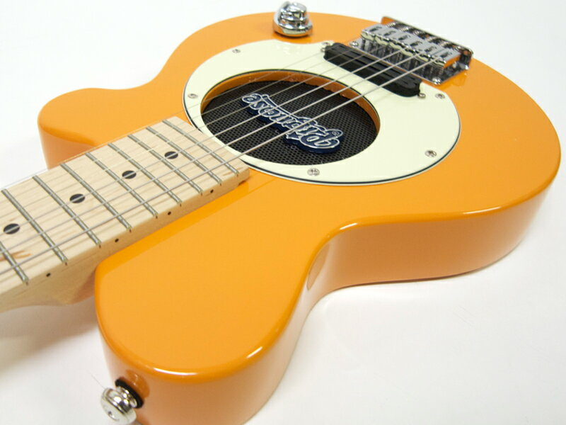Pignose ( ピグノーズ ) PGG-200(OR) 【アンプ内蔵 エレキギター】ミニギター オレンジ シリーズ唯一のメイプル指板。元気なオレンジカラー。
