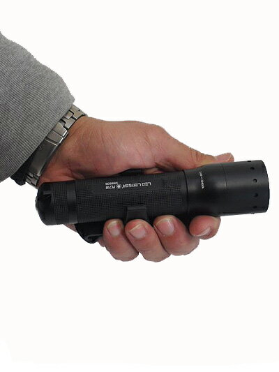 LED LENSER(レッドレンザー) OPT-8307R M7R 乾電池いらず充電式LEDライト【送料無料】【tokai_gw_shippingfree0501】