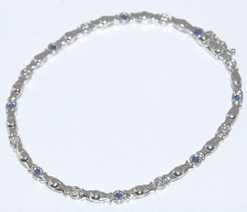 【送料無料】K18WG ブルーサファイア-0.24ct&ダイヤモンド ポイントデザイン ブレスレット スッキリとした彩り魅せるブルーサファイアが特徴的!