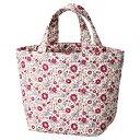 ショッピングキルティング フラリエ・キルティングトート 60個セット販売 季節問わず人気の華やかな小花柄プリント。普段の買い物もバッグを変えるだけで気分が上がりそう
