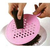 削りチョコが簡単・安全に作れます♪ハートのチョコ削り器