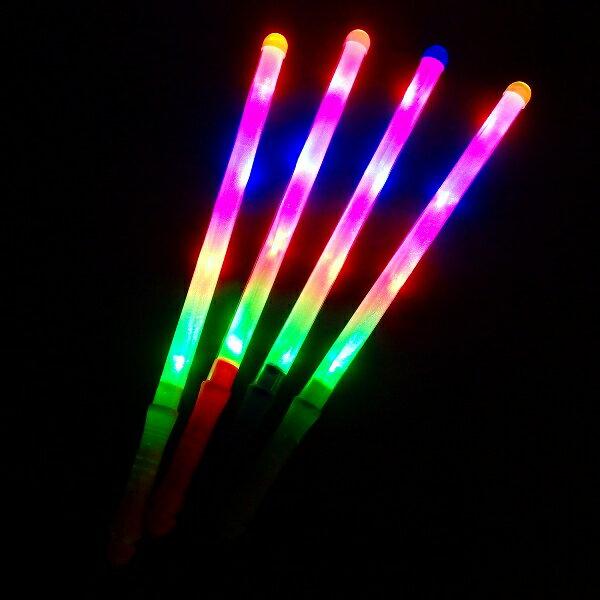 【光るおもちゃ】フラッシュプリズムスティック【ご注文単位は必ず12個単位でお願いします】光…...:gosunwood:10000637