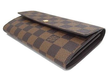 ダミエの柄の長財布