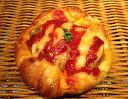 【ハンバーグパン】ハンバーグとチーズがおいしい惣菜パン...