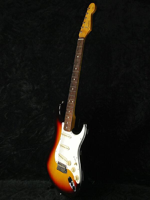Fender Japan Exclusive Classic 60s Stratocaster 3TS (旧型番:ST62) 新品 サンバースト[フェンダー][ジャパン][ストラトキャスター][3-Tone Sunburst][Electric Guitar,エレキギター] エントリー不要!!新品全品ポイント6倍!!6/16まで!!【偉い】