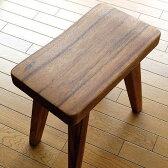ウッドスツール 無垢 木製スツール 木製椅子 玄関椅子 いす 天然木スツール デザインチェアー シンプル モダン コンパクト おしゃれ 木のスツール 北欧 ナチュラル アジアン家具 ウッドスツール カーブ