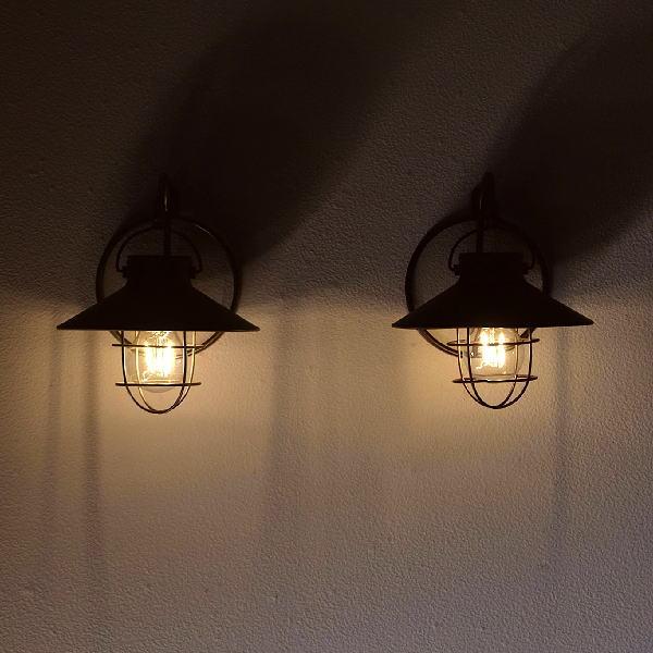 ソーラーライト壁掛け屋外ランタンおしゃれガーデンハンギング吊り下げ庭エクステリアレトロアンティーク風