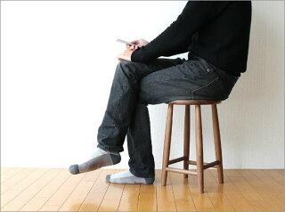 木製スツール無垢天然木北欧ウォールナットテイストシンプルデザインおしゃれ椅子チェアーキッチンスツール完成品送料無料ナチュラルウッドのスツールウォールナット