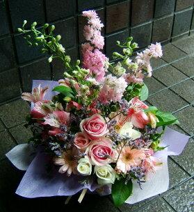 バレンタイン おまかせ ピンク色 フラワー アレンジメント