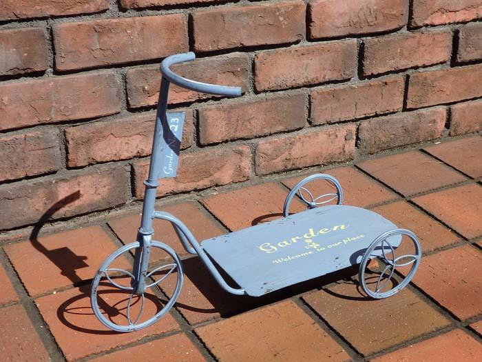 三輪車 ポット インテリア プランター アイアン寄せ植え ガーデニング ガーデン 雑貨 アンティーク【花遊び】『ブルー ガーデンスケーター・L』