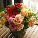 絵の具をたらしたみたいな様々な花たちがキュート!【パレット】のイメージでお作りします!おまかせアレンジメント6,000yen