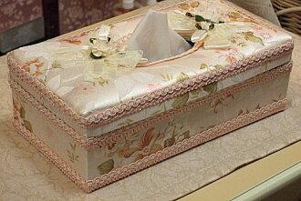 容易出 ♪ 紙巾盒 (硬): 優雅的玫瑰 (粉色) 玫瑰紙巾盒套