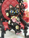 Glitter go Japanese Agricultural Standards  sitting trick beckoning cat: Black business prosperity opening of a store celebration pass prayer celebration family celebration mascot  beckoning cat ornament