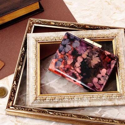 【FRUTTI】アリスレザーで仕立てる二つ折りウォレットElmo Alice(エルモ アリス)レディース 二つ折り財布 ハーフ財布 エナメル 革 二つ折り