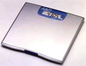 【送料無料】高精度体重計 UC-321