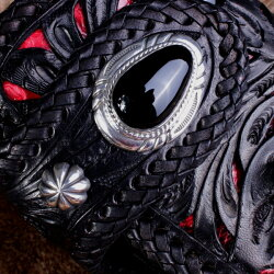 【mudmonkey】レザーウォレット透かし彫り長財布レッドパイソン/オニキス/ブラックレザー/コンチョNEO-TD