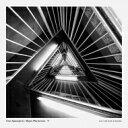 Artist Name: U - 【送料無料】 Uros Spasojevic / Bojan Marjanovic / V 輸入盤 【CD】