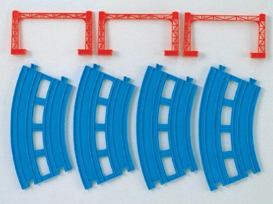 【4時間P10倍◎本日 20時〜23時59分迄】プラレール R-05 複線曲線レール(4本入) タカラトミー 電車のおもちゃ おもちゃ 男の子向け レールパーツ レール部品 レイアウト【TC】【取寄品】