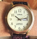 【送料無料】腕時計 ウォッチクオーツgents gp lorus lumibrite day date quartz watch vx33x034