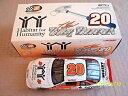 【送料無料】模型車 モデルカー スポーツカートニーアクションポンティアクストライプスチュアート#1999 tony stewart 20 habitat for humanity 124 action cwc pontiac rookie stripe