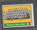 【送料無料】スポーツ メモリアル カード #ボストンレッドソックスチーム1961 topps baseball 373 boston red sox team exmt *5406