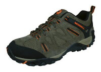 【送料無料】キャンプ用品 メンズハイキングトレーナーウォーキングシューズブラウンmens merrell hiking trainers yokota ascender ventilator walking shoes brownの画像